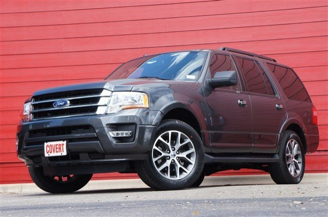 New Ford Expedition XLT